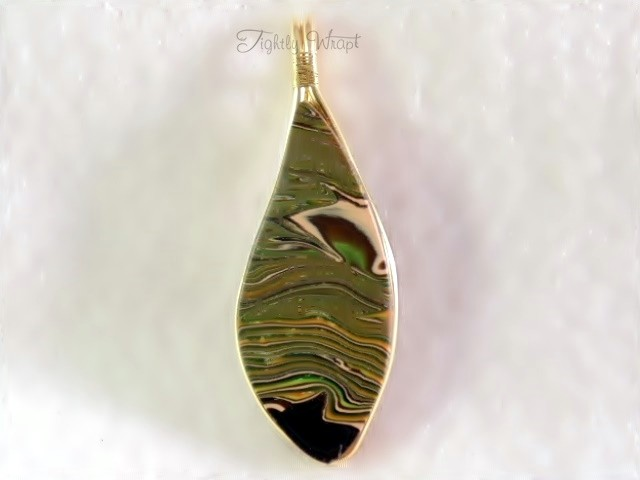 "Large ""Acid Camo"" Leaf Pendant (Unisex, Brass Wire)"